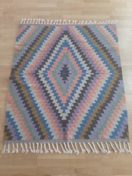 Turkish Kilim Rugs 120x136 cm. / 3.93 x 4.46 Ft. / 47.2 x 53.5 Inches