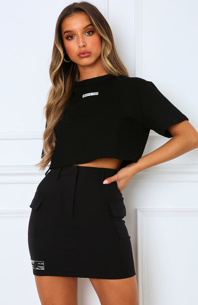Surrender Cropped Tee Black