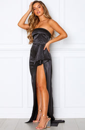 Red Carpet Maxi Dress Black