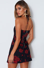 Eyes On You Dress Russian Rose Black