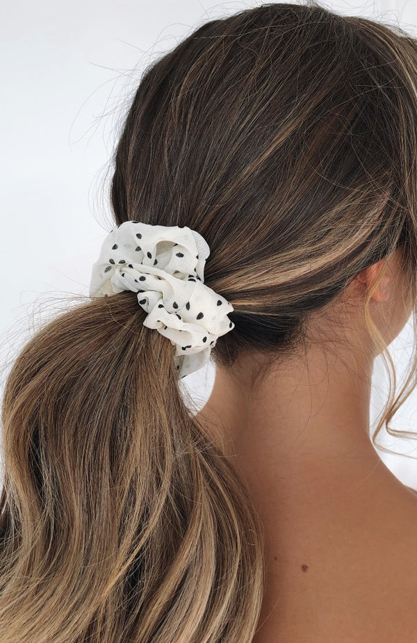 Sierra Scrunchie White Polka Dot
