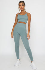 Seamless Ribbed Sports Crop Sage