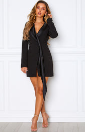 Fruit Tingle Blazer Dress Black