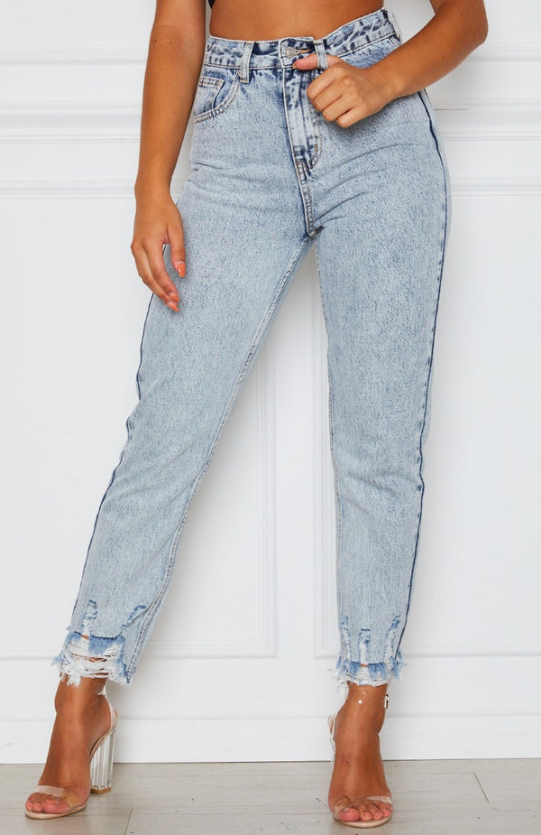 Making Moves Boyfriend Jeans Washed Blue Denim