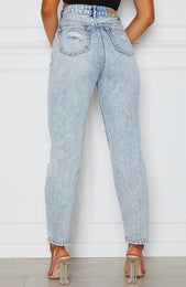 Hang In There Boyfriend Jeans Washed Blue Denim