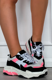 System Shock Sneakers Pink