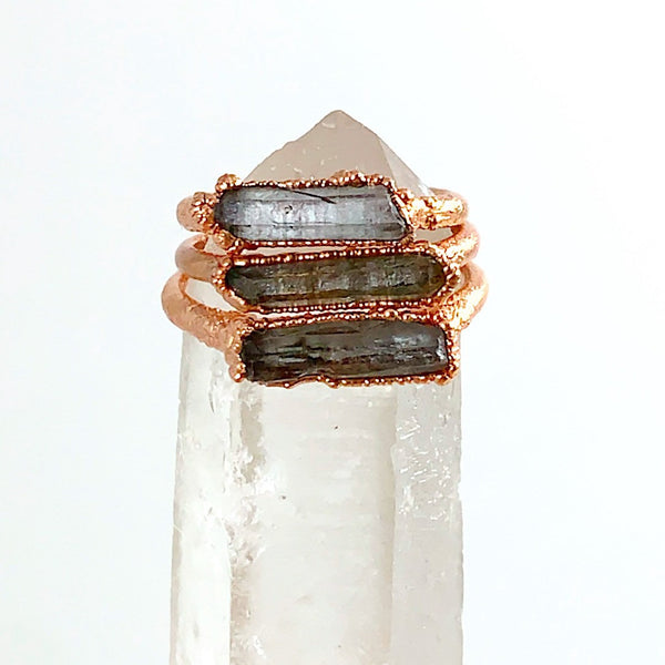 Quartz Bar Ring