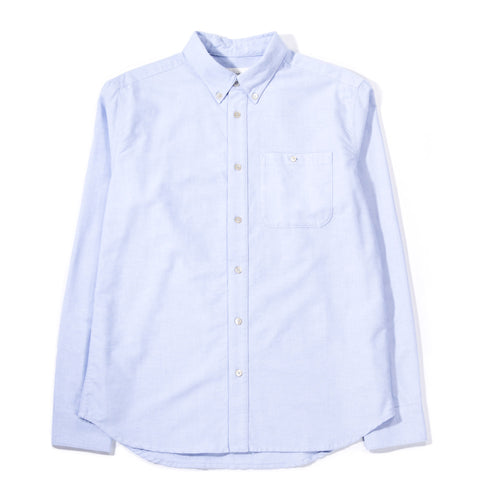 A KIND OF GUISE PERMANENTS BUTTON DOWN OXFORD LIGHT BLUE