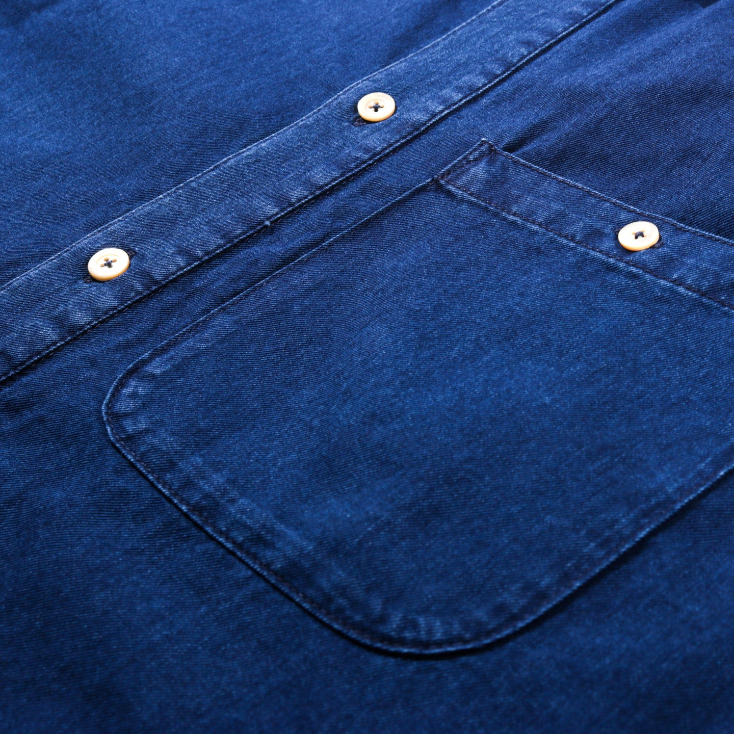A KIND OF GUISE PERMANENTS BUTTON DOWN WASHED DENIM