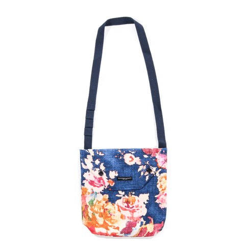 ENGINEERED GARMENTS SHOULDER POUCH NAVY BIG FLORAL CANVAS