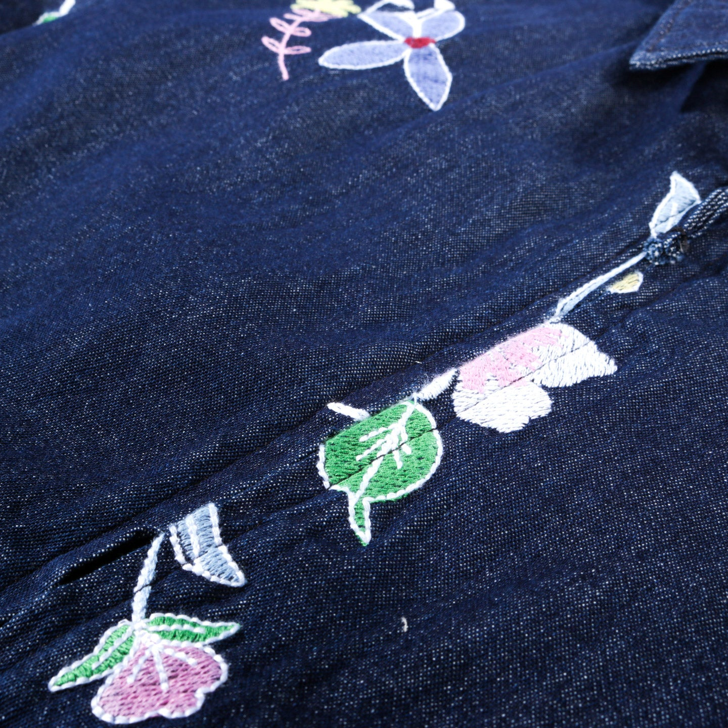 ENGINEERED GARMENTS CLAIGHTON JACKET INDIGO DENIM FLORAL EMBROIDERY