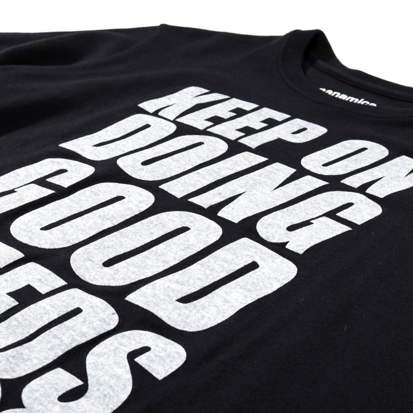 NANAMICA LOOPWHEEL COOLMAX GOOD DEEDS GRAPHIC TEE BLACK