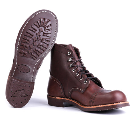"RED WING 8137 6"" CLASSIC MOC BLACK SKAGWAY"