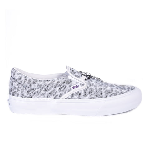 VAULT BY VANS CLASSIC SLIP-ON VLT LX NEEDLES WHITE ZEBRA / LEOPARD