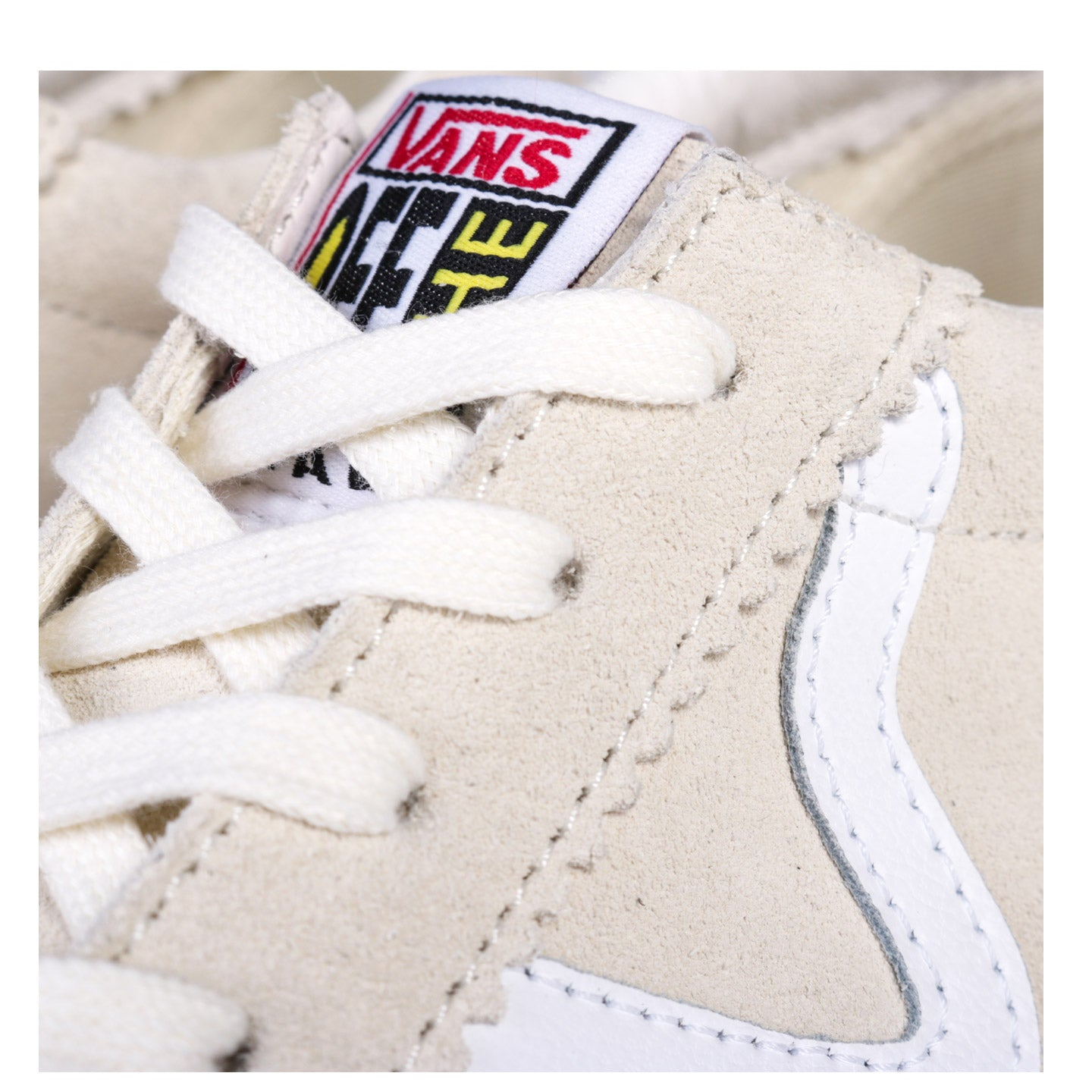 VAULT BY VANS OG EPOCH LX SUEDE CLASSIC WHITE