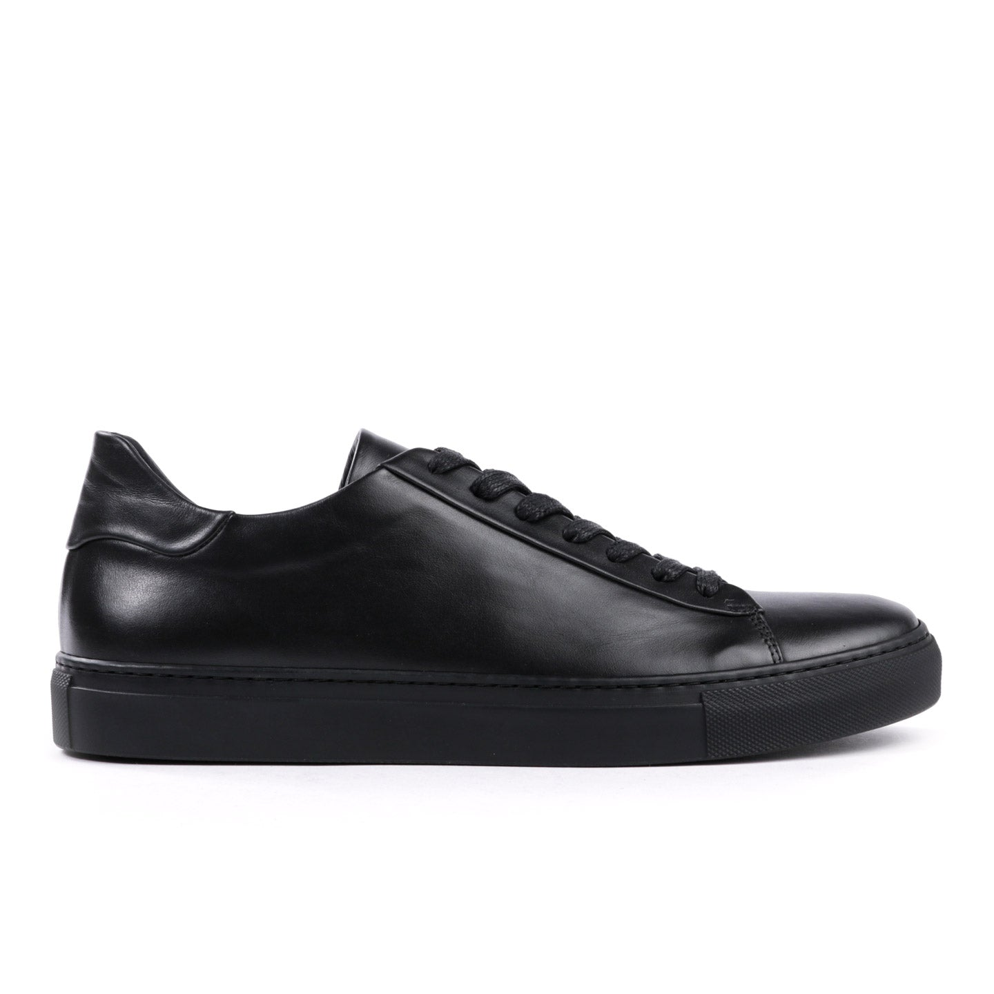 4a5ef5bb62 WINGS + HORNS COURT LOW SOFTY LEATHER BLACK / BLACK