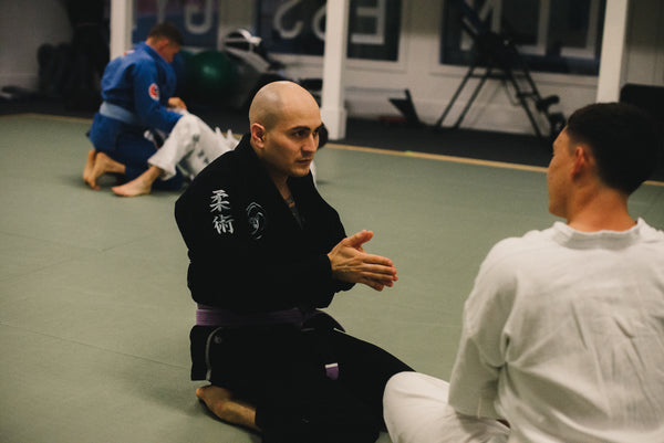 Cesar Clavijo teaching jiu jitsu at The Stillness Gym