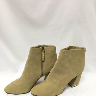 Primary Photo - BRAND: WHO WHAT WEAR STYLE: BOOTS ANKLE COLOR: BEIGE SIZE: 11 SKU: 155-155220-8292