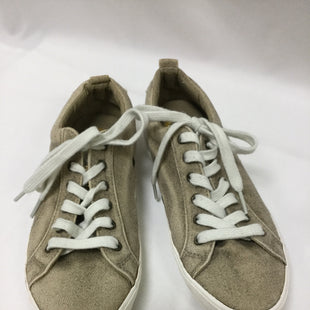 Primary Photo - BRAND: GUESS STYLE: SHOES ATHLETIC COLOR: TAN SIZE: 8.5 SKU: 155-155201-16804