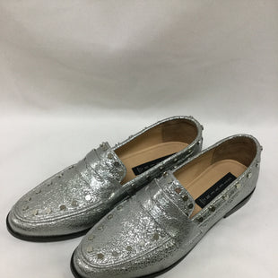 Primary Photo - BRAND: STEVE MADDEN STYLE: SHOES FLATS COLOR: SILVER SIZE: 10 SKU: 155-155185-8394