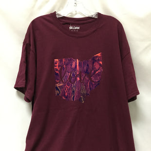 Primary Photo - BRAND: GILDAN STYLE: TOP SHORT SLEEVE COLOR: BURGUNDY SIZE: XL SKU: 155-155224-14369