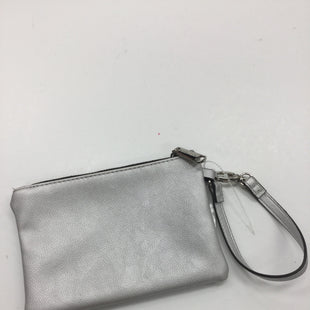 Primary Photo - BRAND: STEVE MADDEN STYLE: WRISTLET COLOR: SILVER SKU: 155-155224-3235