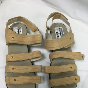 Primary Photo - BRAND:  CMB STYLE: SANDALS LOW COLOR: TAN SIZE: 11 OTHER INFO: PROPET - SKU: 155-155130-204254