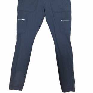 Primary Photo - BRAND: ATHLETA STYLE: ATHLETIC PANTS COLOR: GREY SIZE: 6 SKU: 155-15599-243690
