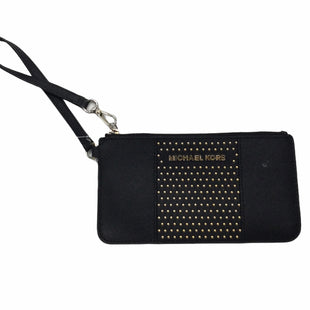 Primary Photo - BRAND: MICHAEL KORS STYLE: WRISTLET COLOR: BLACK SKU: 155-155224-22078