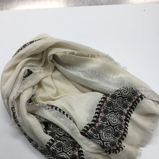 Primary Photo - BRAND: STEVE MADDEN STYLE: SCARF COLOR: CREAM BLACK REDSKU: 155-155187-23356