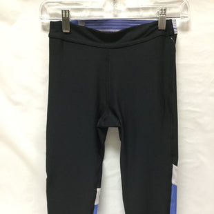 Primary Photo - BRAND: UNDER ARMOUR STYLE: ATHLETIC CAPRIS COLOR: BLACK SIZE: S SKU: 155-155130-199806