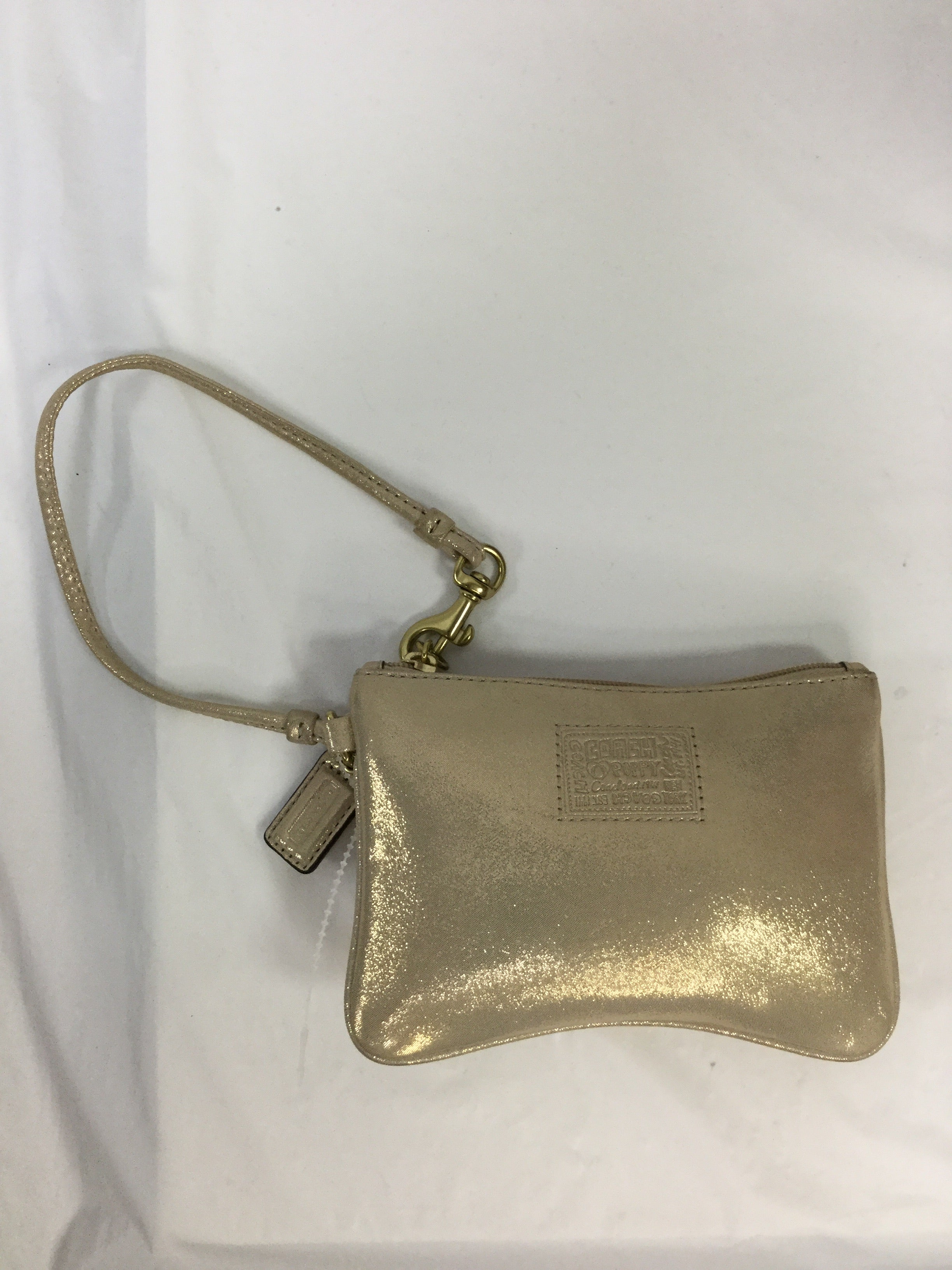 Primary Photo - BRAND: COACH <BR>STYLE: WRISTLET <BR>COLOR: GOLD <BR>SKU: 155-155224-3464
