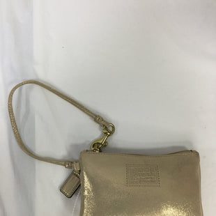 Primary Photo - BRAND: COACH STYLE: WRISTLET COLOR: GOLD SKU: 155-155224-3464