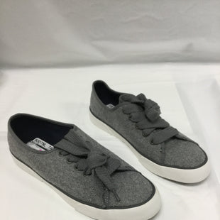 Primary Photo - BRAND: SPERRY STYLE: SHOES ATHLETIC COLOR: GREY SIZE: 9 SKU: 155-155201-13964