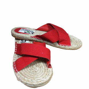 Primary Photo - BRAND: FOREVER 21 STYLE: SANDALS FLAT COLOR: RED SIZE: 8 SKU: 155-15599-241621