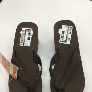 Primary Photo - BRAND:    CLOTHES MENTOR STYLE: FLIP FLOPS COLOR: BROWN SIZE: 7 SKU: 155-155201-14166
