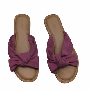 Primary Photo - BRAND: OLD NAVY STYLE: SANDALS FLAT COLOR: PINK SIZE: 8 SKU: 155-15599-247389