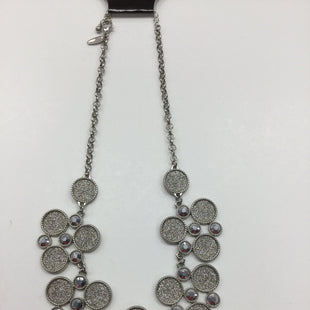 Primary Photo - BRAND: NEW YORK AND CO STYLE: NECKLACE COLOR: SILVER SKU: 155-155130-205182
