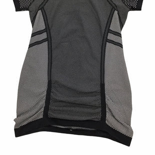 Primary Photo - BRAND: ATHLETA STYLE: ATHLETIC TOP SHORT SLEEVE COLOR: BLACK SIZE: L SKU: 155-155224-17233