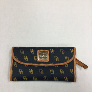 Primary Photo - BRAND: DOONEY AND BOURKE STYLE: WALLET COLOR: BLUE SIZE: MEDIUM SKU: 155-155233-445