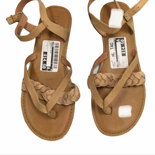 Primary Photo - BRAND: TOMS STYLE: SANDALS FLAT COLOR: TAN SIZE: 7 SKU: 155-15599-218975