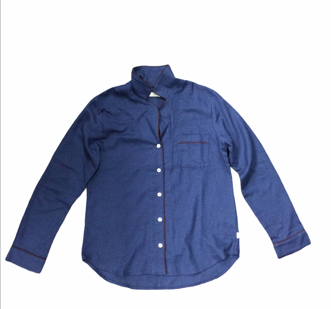 Photo #1 - BRAND: UGG <BR>STYLE: TOP LONG SLEEVE <BR>COLOR: BLUE <BR>SIZE: M <BR>SKU: 155-155245-935
