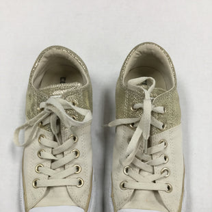 Primary Photo - BRAND: CONVERSE STYLE: SHOES ATHLETIC COLOR: CREAM SIZE: 8 OTHER INFO: NOTED SKU: 155-155185-8250