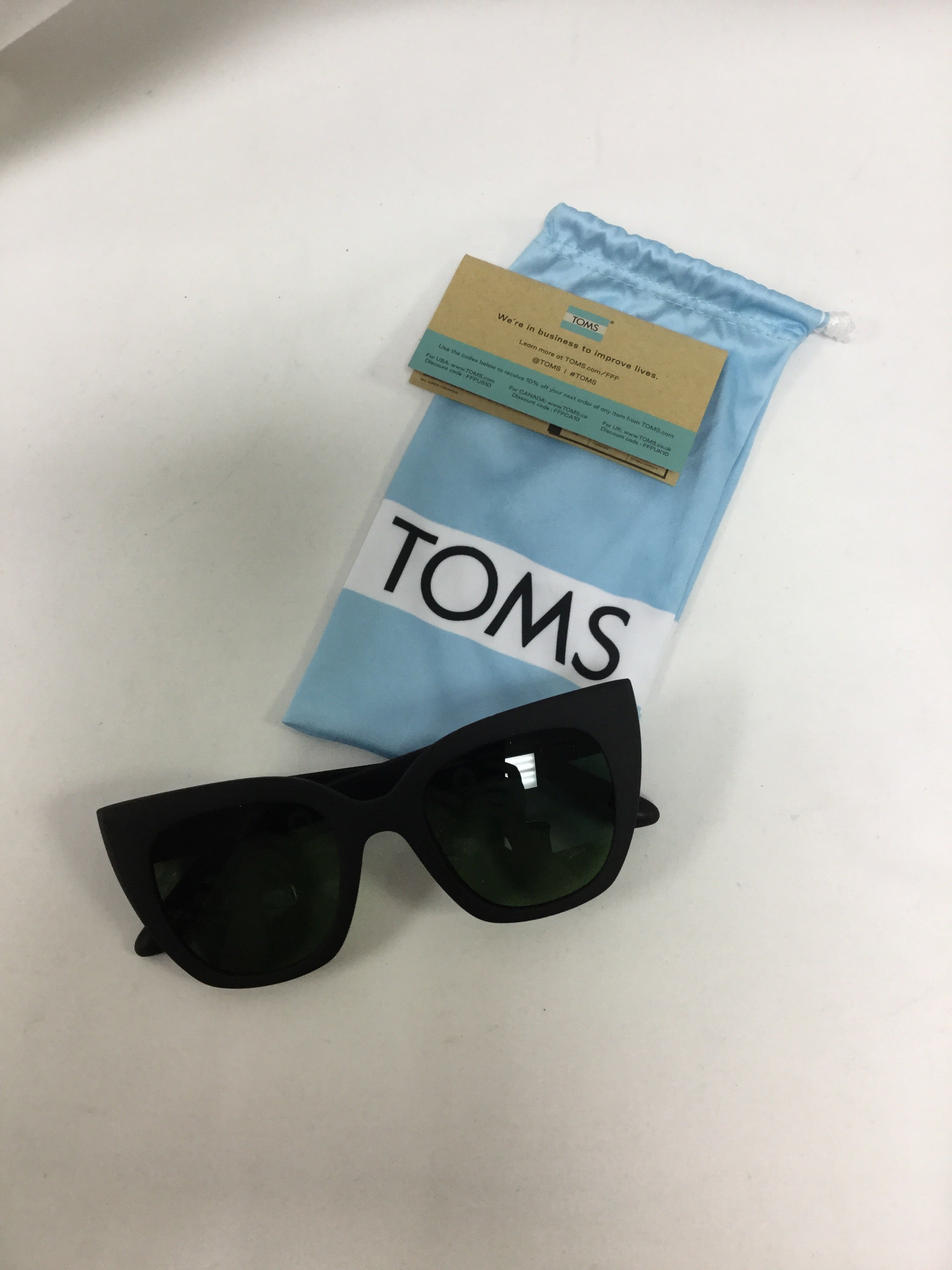 Primary Photo - BRAND: TOMS <BR>STYLE: SUNGLASSES <BR>COLOR: BLACK <BR>SKU: 155-155224-16233