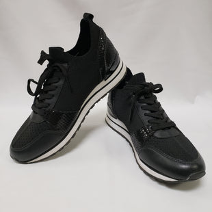 Primary Photo - BRAND: MICHAEL BY MICHAEL KORS STYLE: SHOES ATHLETIC COLOR: BLACK WHITE SIZE: 8 SKU: 155-155130-211348
