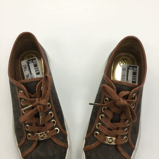 Primary Photo - BRAND: MICHAEL KORS STYLE: SHOES ATHLETIC COLOR: BROWN SIZE: 7 SKU: 155-15545-200470