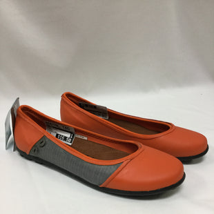 Primary Photo - BRAND:   CMC STYLE: SHOES FLATS COLOR: ORANGE SIZE: 8 OTHER INFO: CHOOKA - NEW! SKU: 155-155130-211902