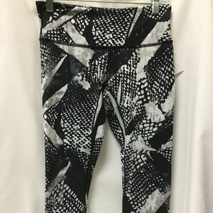 Primary Photo - BRAND: LULULEMON STYLE: ATHLETIC CAPRIS COLOR: BLACK SIZE: S OTHER INFO: NOTED- WEAR AND FADINGSKU: 155-155187-25040