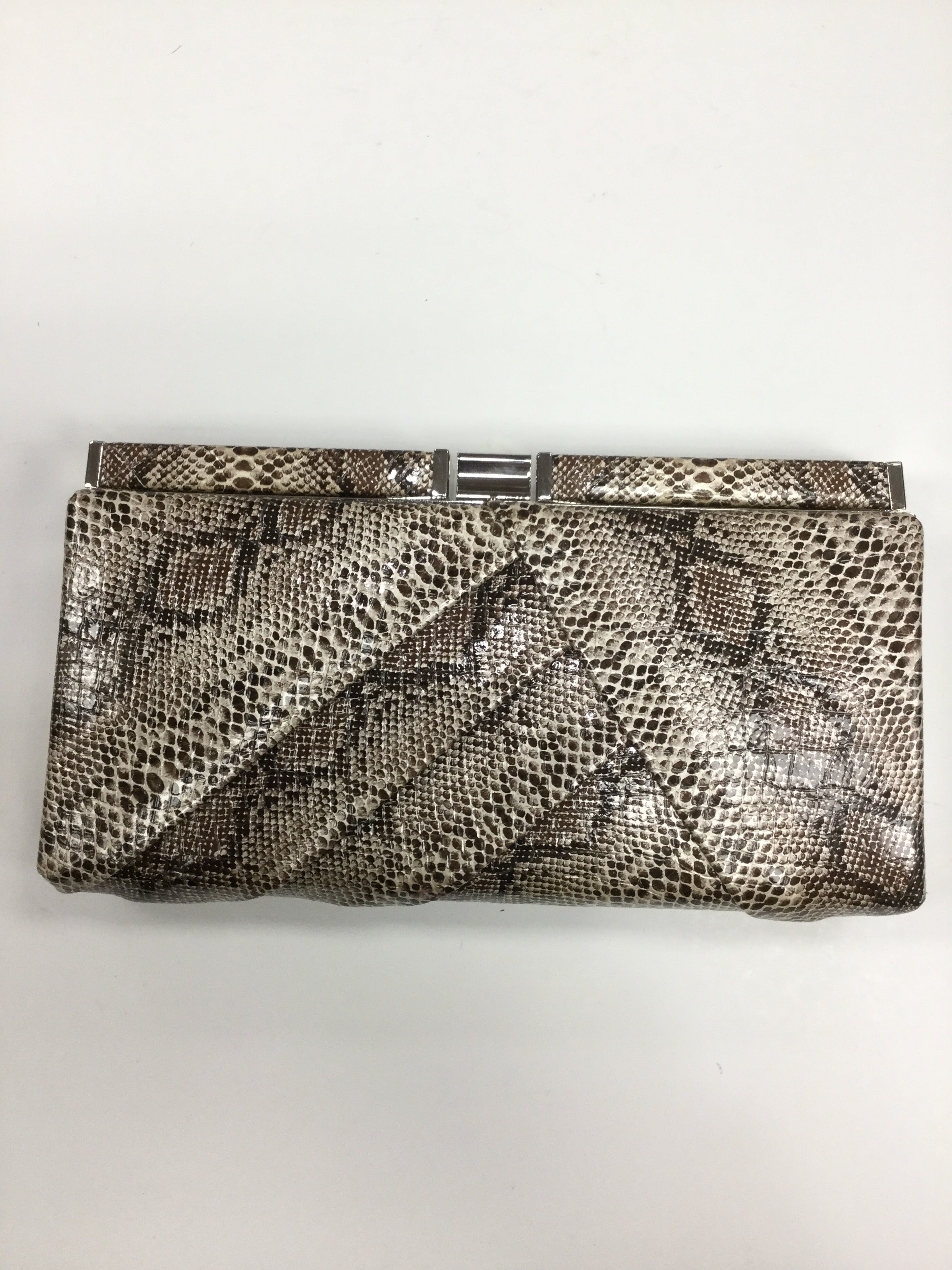Primary Photo - BRAND:    APT 9<BR>STYLE: CLUTCH <BR>COLOR: SNAKESKIN PRINT <BR>OTHER INFO: <BR>SKU: 155-155190-3865<BR>BROWN SNAKESKIN
