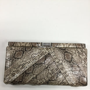 Primary Photo - BRAND:    APT 9STYLE: CLUTCH COLOR: SNAKESKIN PRINT OTHER INFO: SKU: 155-155190-3865BROWN SNAKESKIN